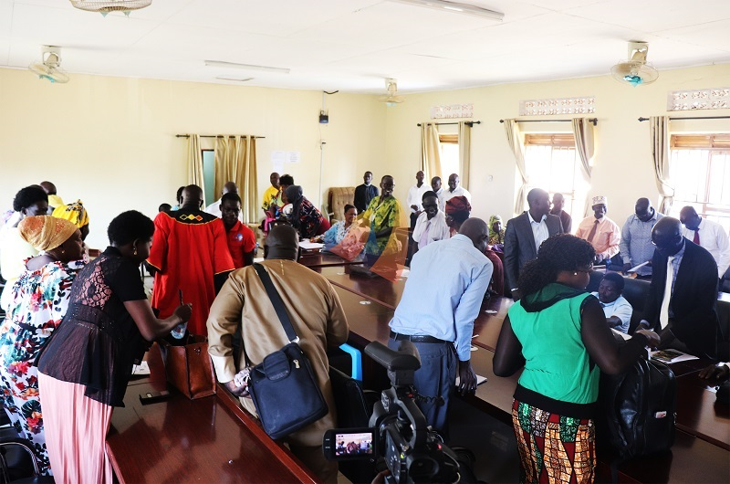 'Sick' Arua municipal speaker abruptly suspends crucial council meeting over Barifa forest.